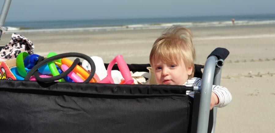 Bolderkar op het strand - dadventures.nl