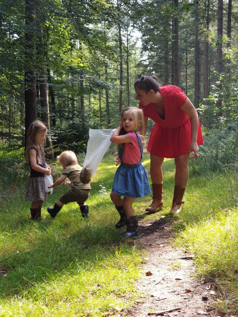 Gezin in het bos - dadventures.nl