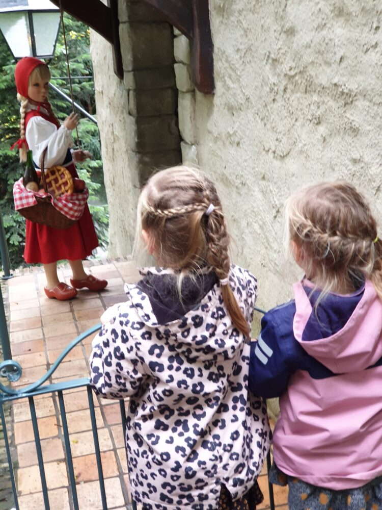 Meiden in de Efteling
